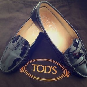 Tod's Patent Gommini loafer. Gently worn & loved!